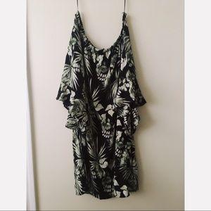 Bobeau tropical black and green dress 👒